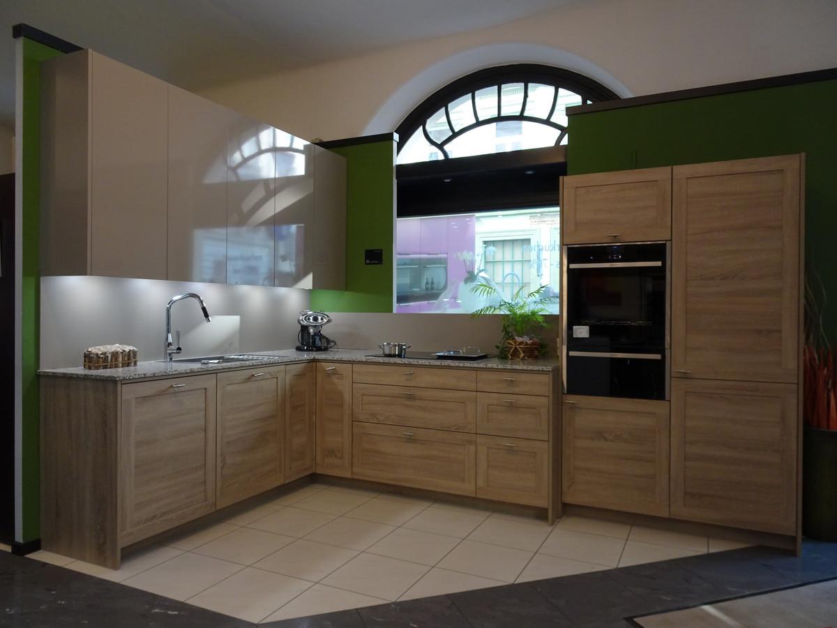 Abverkaufsküche Regina Cosmo Puro Teamdesign Küche Bad